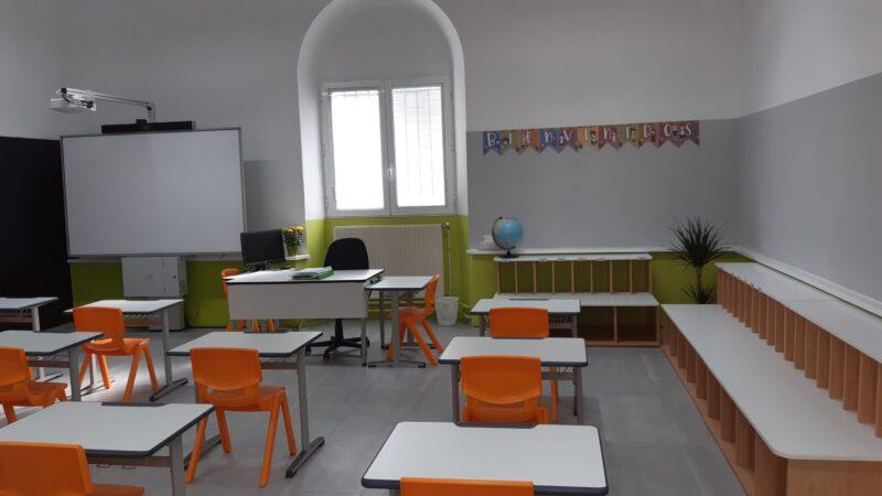 AA.AA., Círculo Empresarial San José y AMPA renuevan aulas de Primaria del Colegio