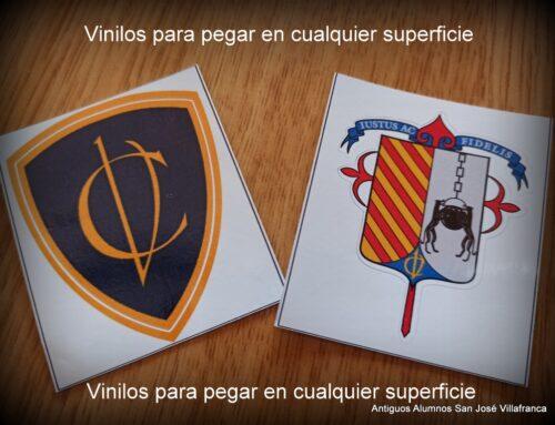 Vinilos con el escudo del Colegio y la CV ya a la venta